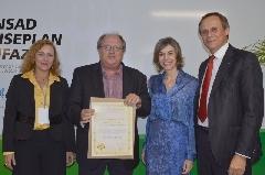 Heitor Lermen recebeu a certificação durante fórum em Brasília