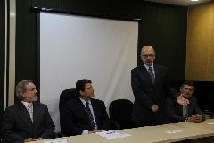 Entre outros cargos na administração pública, Eduardo Pinto já foi diretor do Departamento de Licitações e Contratos da Celic, no período de 2007 a 2010. - Foto: Rebeca Rabel-Ascom/Smarh