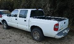 O leilão terá 25 lotes de veículos recuperáveis, como o da foto.